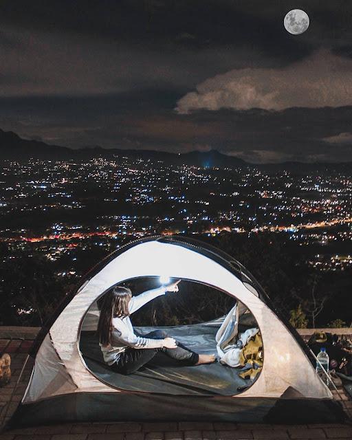 Camping di Puncak Galau Bogor