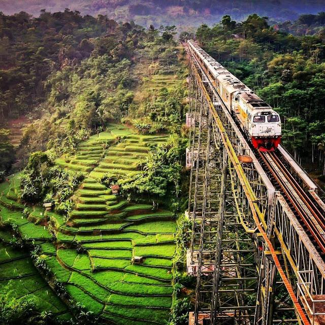 foto keren kereta api