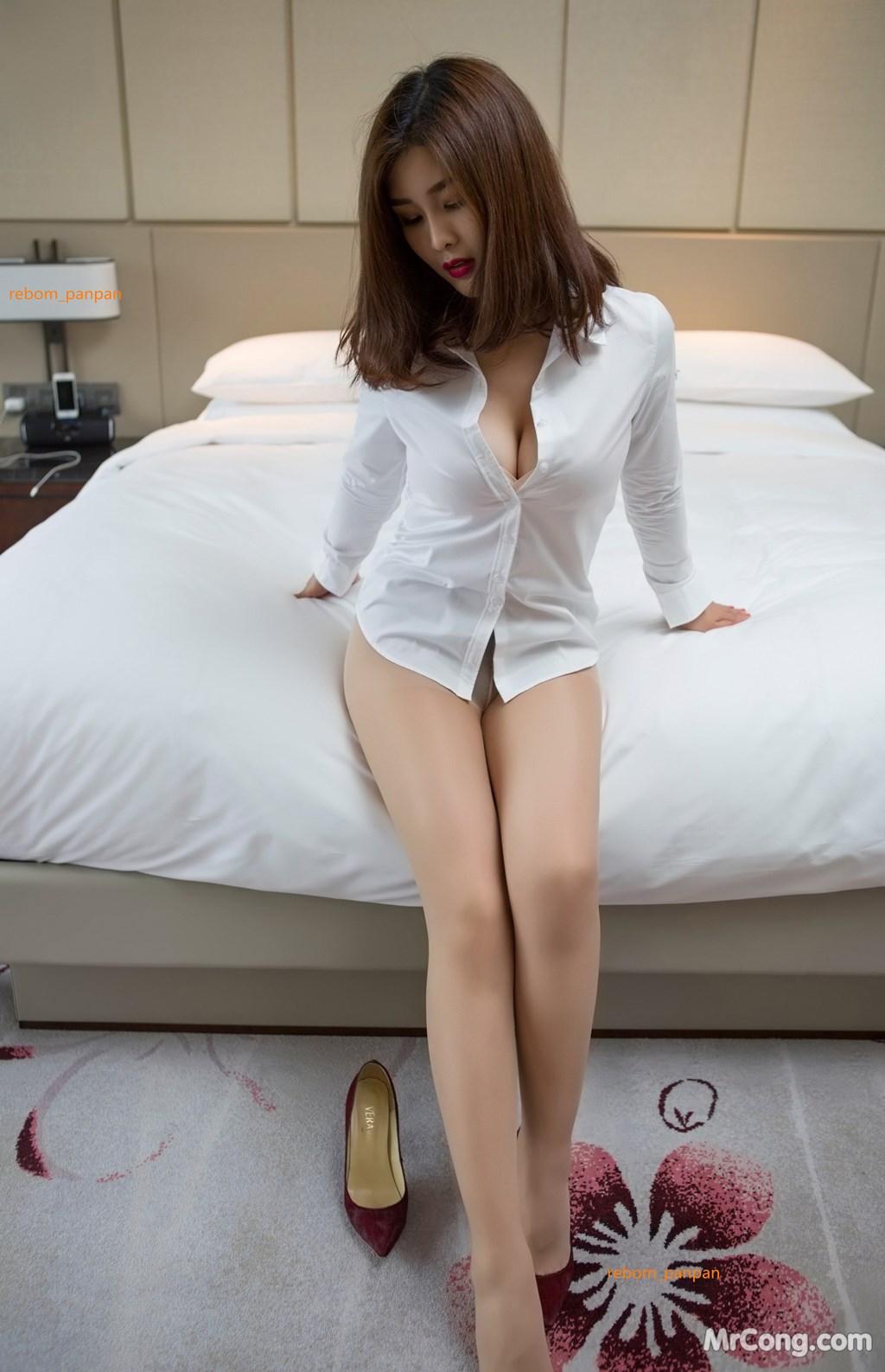 Image Yan-Pan-Pan-Part-4-MrCong.com-006 in post Người đẹp Yan Pan Pan (闫盼盼) hờ hững khoe vòng một trên giường ngủ (40 ảnh)