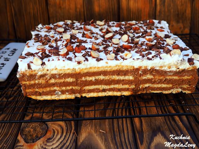 Czekoladowe ciasto budyniowe na herbatnikach