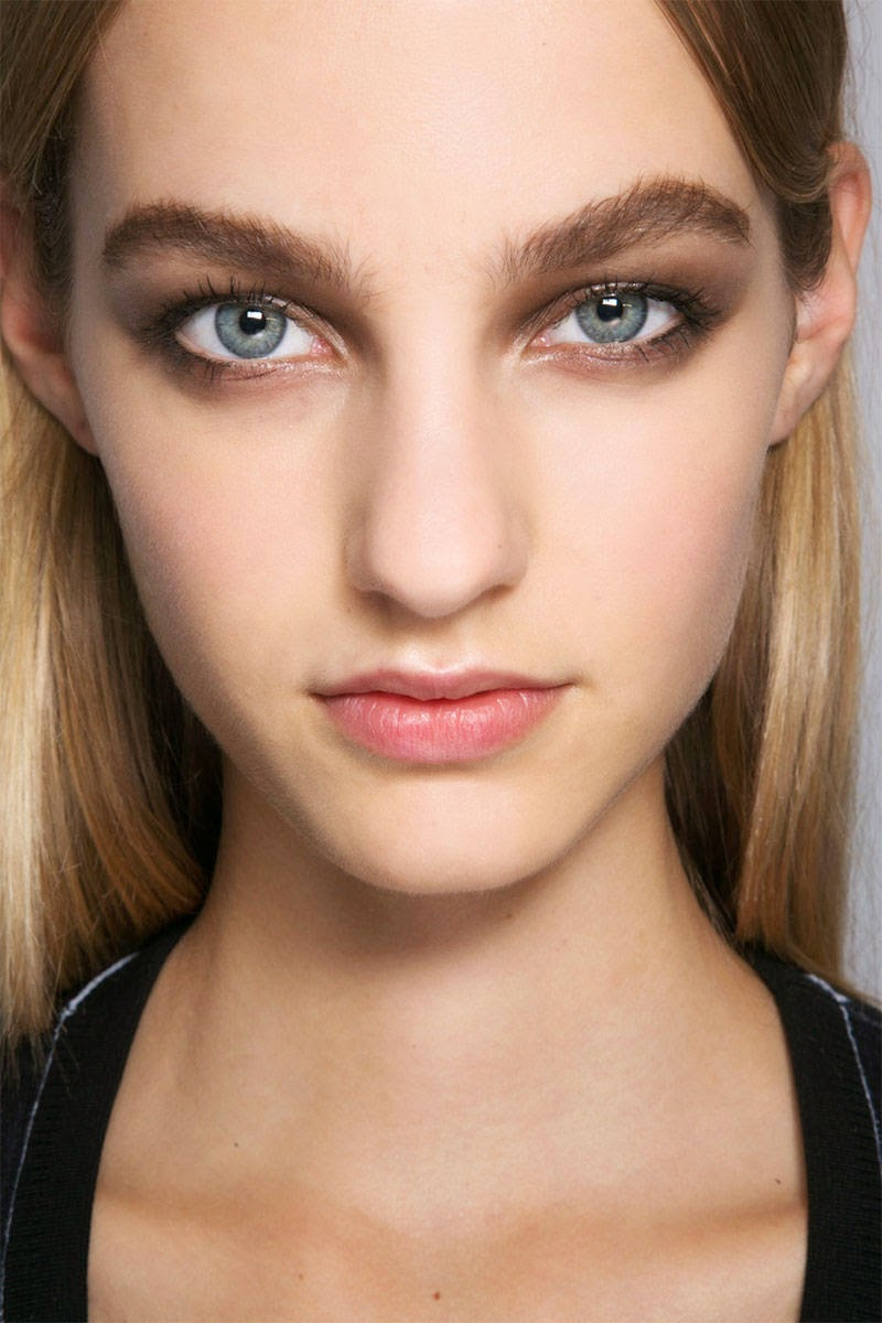 Brown Makeup Brushes: The Bloomin' Couch: Makeup Trends Of 2015