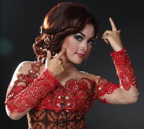 Biografi Profil Biodata Rita Tila dan Sule