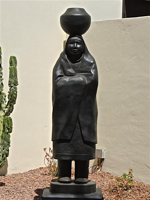 Phoenix Daily Photo Admiring More Sculptures