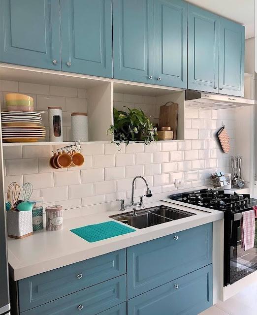 contoh keremik dinding dapur gambar bata putih