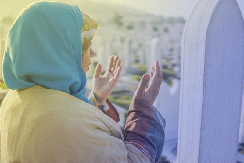 هل زيارة القبور واجبة بعد صلاة العيد؟