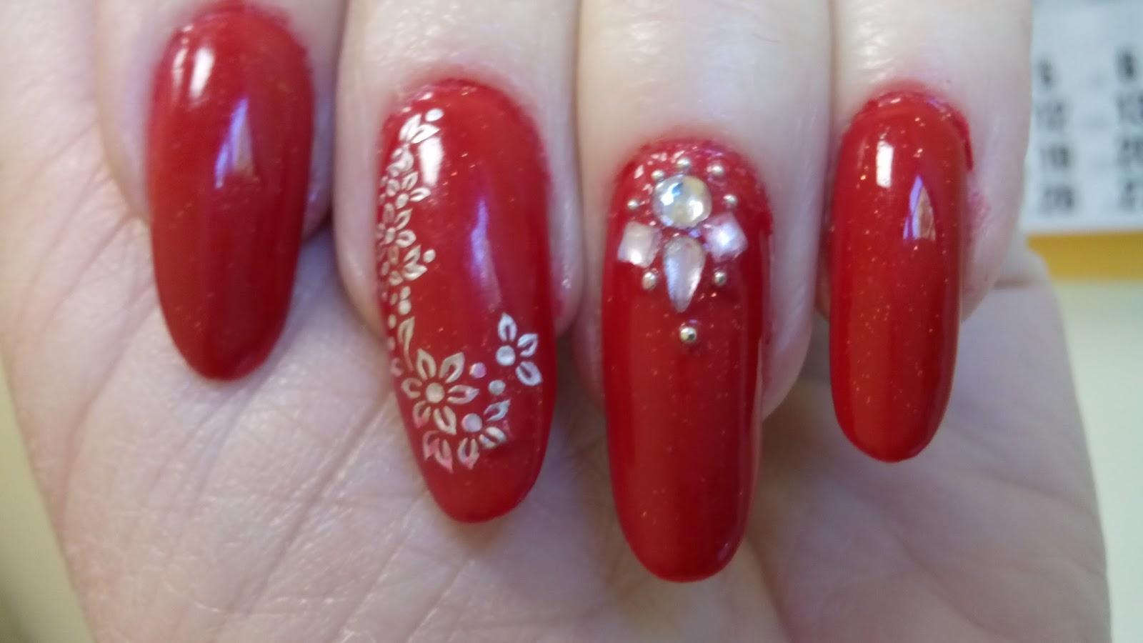 Paznokcie Ewadora Nails Czerwone Cyrkonie I Naklejki
