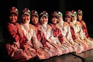 Seni Tari Saman Aceh