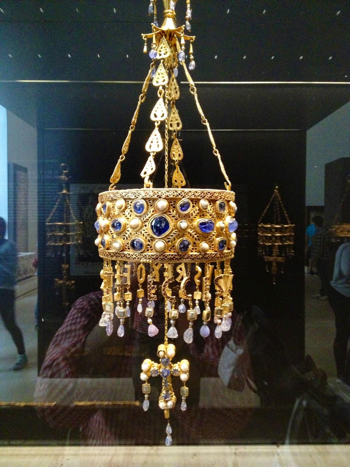 Corona visigoda Recesvinto - Museo Arqueológico Nacional - MAN - Madrid el troblogdita