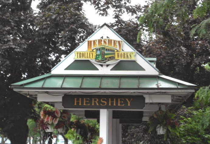 Hershey with a Sightseeing Tour - Hershey Trolley Works