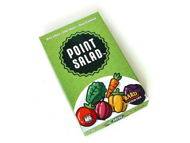 na zdjęciu pudełko gry point salad w kolorze zielonym z ilustracjami warzyw na fronie