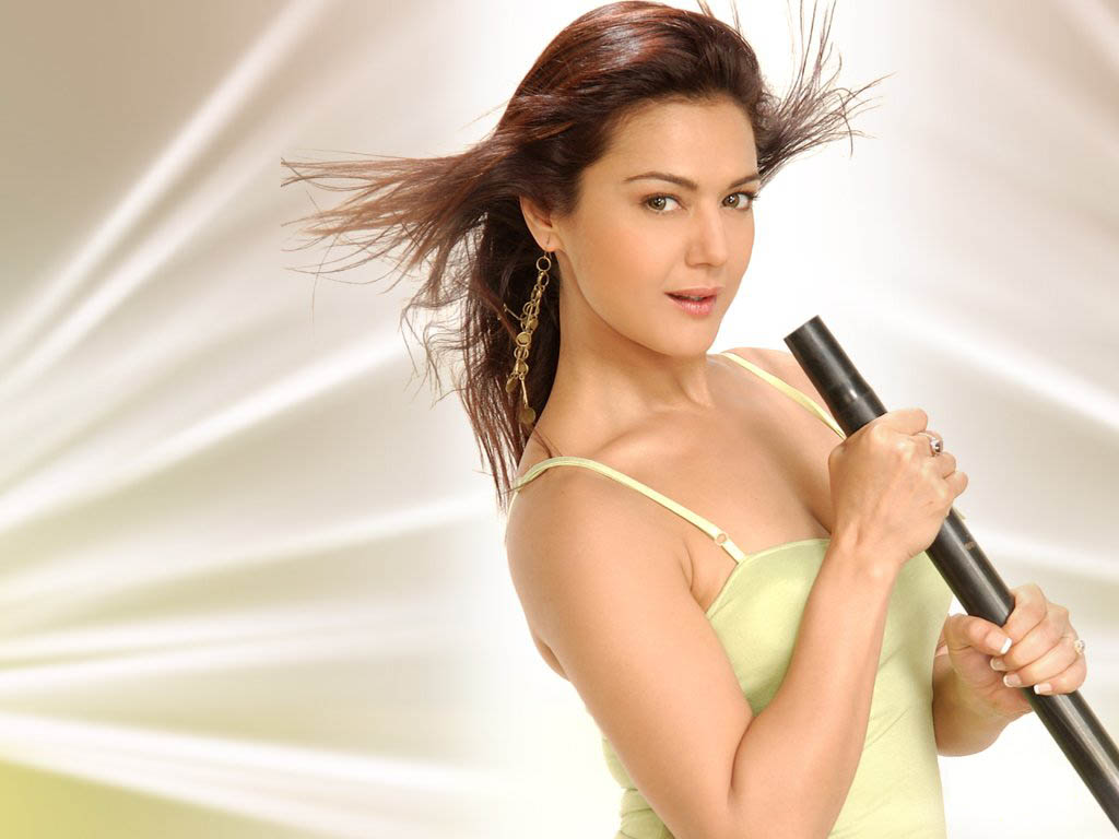 Preity Zinta  Actress Hot-9511