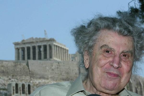 Πέθανε ο Μίκης Θεοδωράκης - Φτωχότερη η Ρωμιοσύνη
