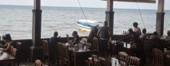 Lovina Beach Restaurant Lunch Break - Lovina Beach Restaurant, North Coast Buleleng, Singaraja Northern Bali, Dolphin Water Sport Activities, Holidays, Excursions, Attractions