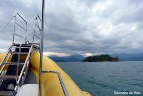 Passeio de barco em Paraty - Rio de Janeiro