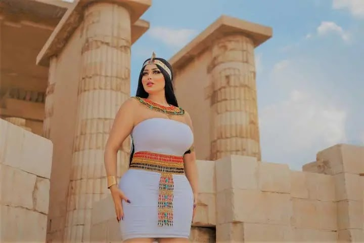 من هى سلمى الشيمى فتاة الزى الفرعونى بسقارة.. و هل تواجه تهمة اللفعل الفاضح