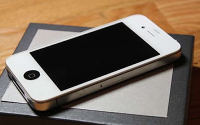 Dien thoai Lock iPhone 5 chinh hang