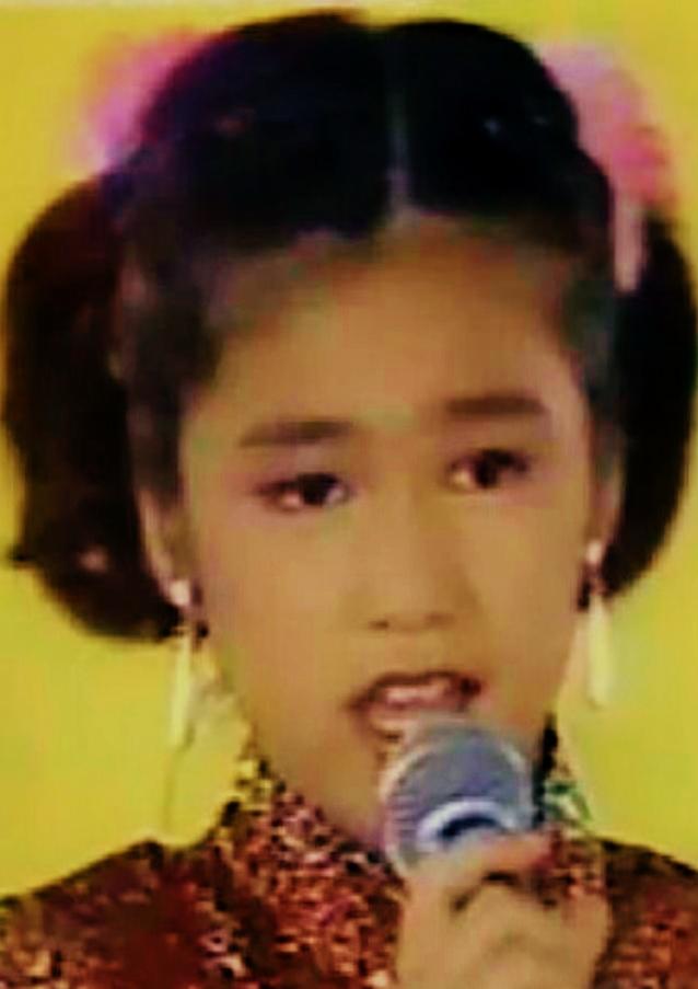 琉球美人 の 「星 美里」夏川りみの堀越高校時代: 私の永遠のアイドル ...
