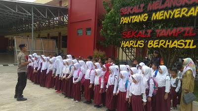 Sangat Senang Mako Satbrimob Polda Banten Dapat Kunjungan Para Siswa SD N Sepang