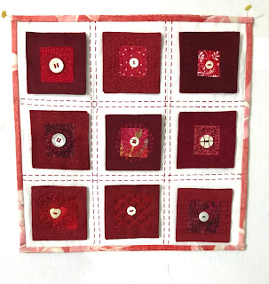 Nine Patches, Five Threads, Red
