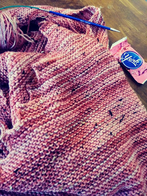 Hitchhiker shawl knit with Knit Picks Special Reserve Stroll in Petal pink.