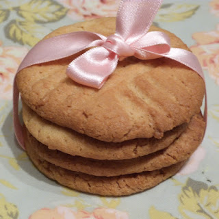 https://danslacuisinedhilary.blogspot.com/2012/12/peanut-butter-cookies.html