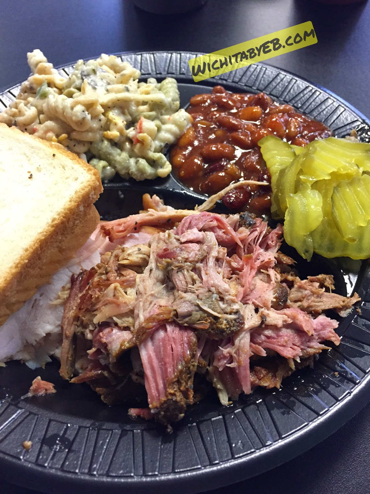 Pig In! Pig Out! BBQ Review – Wichita By E.B.
