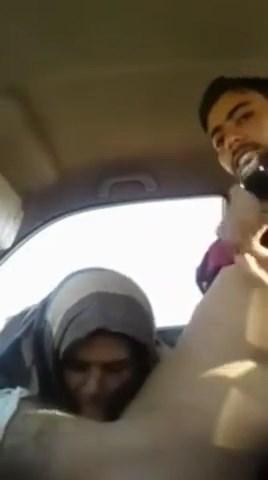 عراقية شمال بتحب سواق خدها فى العربية وطلعلها بتاعه تمصة وتتناك