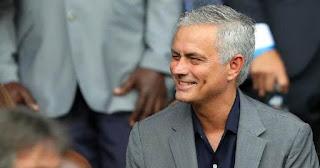 Mourinho Resmi Melatih Totenham Hotspur Hingga 2023