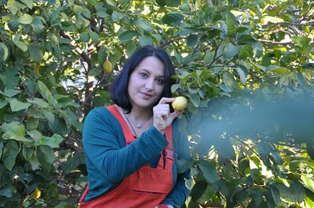 Παραγωγή και έξυπνος τρόπος διάθεσης βιολογικών προϊόντων από μία νεαρή αγρότισσα στην Αργολίδα