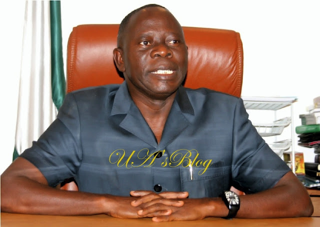 Oshiomhole speaks on APC crisis, lambasts Amosun, Okorocha
