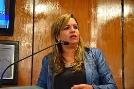 Veja vídeo: Vereadora detona projeto que quer acabar leitura bíblica na Assembleia e sugere que deputada do PSB deixe de envergonhar paraibanos