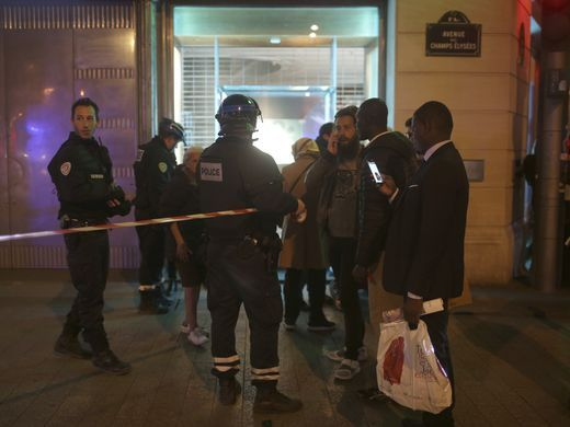 Photos: Paris Terror Attack Suspect Karim Cheurfi Shot ...