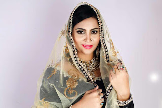 Arshi Khan Pictureshoot Stills For Flynn Remedios 8.jpg