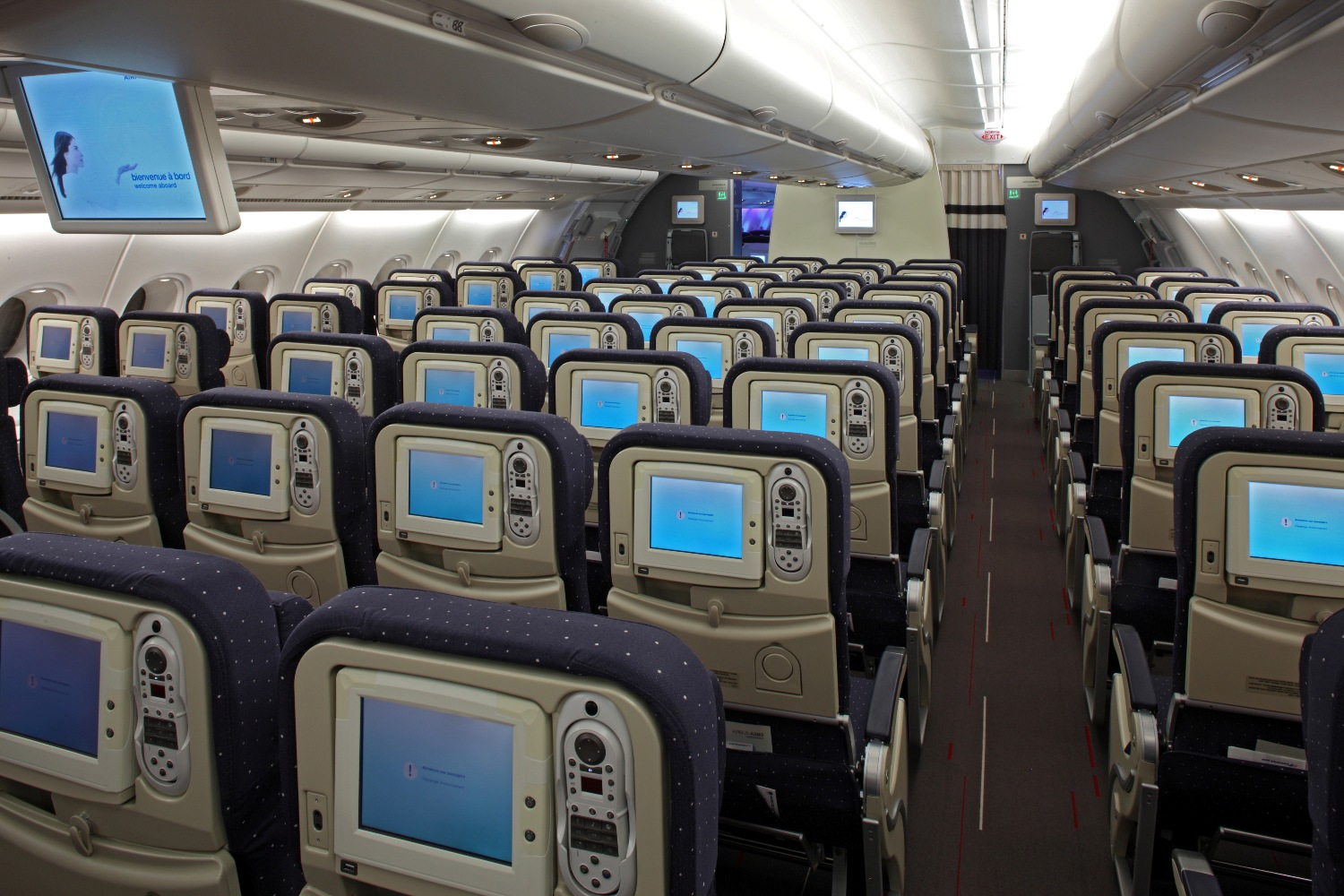 Airbus A380 Widescreen Wallpaper Airbus A380 Economy Cabin Interior