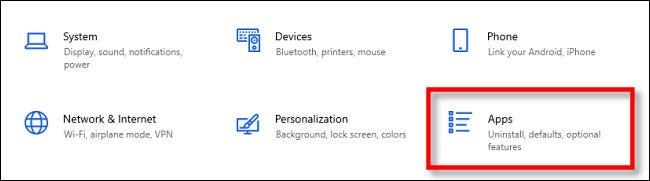 """في إعدادات Windows ، حدد """"التطبيقات""""."""