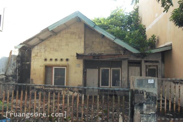Rumah Jengki