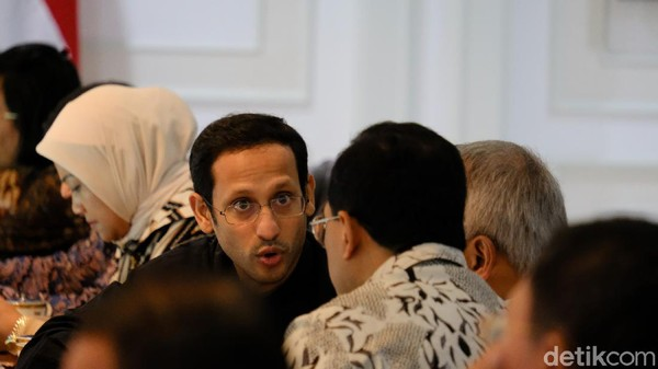 Hattrick Kesalahan Kemendikbud Dinilai Bikin Nadiem Jadi Beban Jokowi