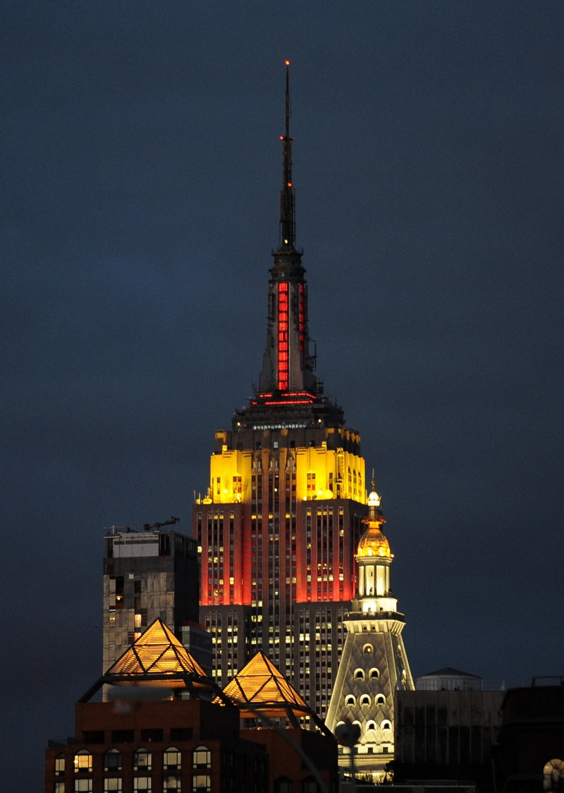 Empire State Building: Encyclopedia: Empire State Building At Night