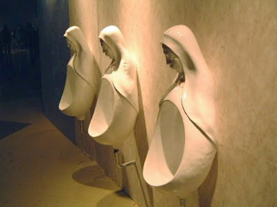 Lustige Toiletten Nonnen Urinal