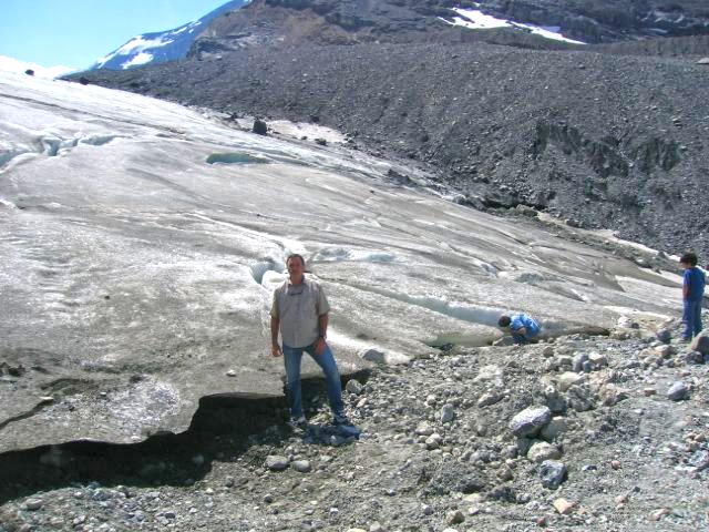 banff national park geology trip travel roadtrip geologist glacier lake mountains rocks rocdoctravel.com hiking Canada