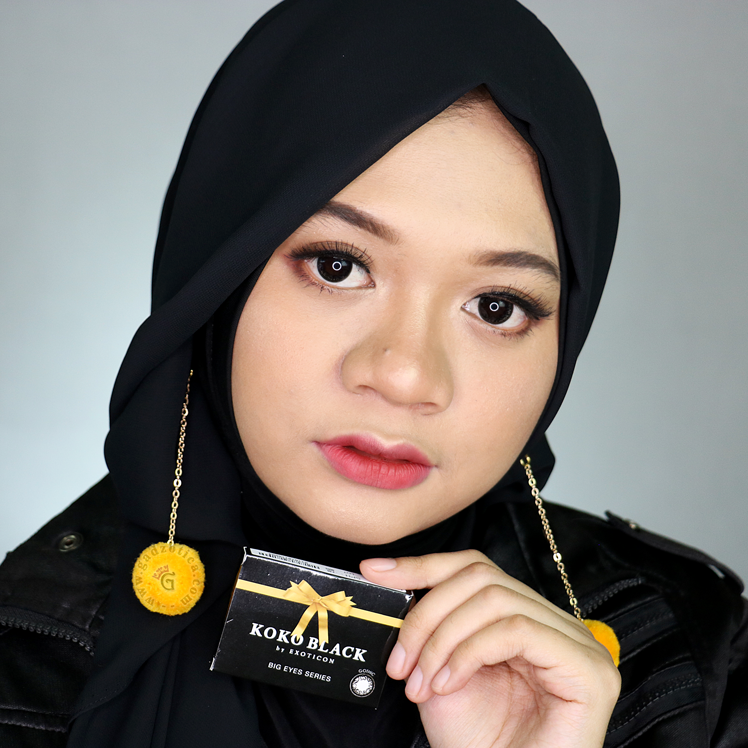 Review Koko Black Gothic