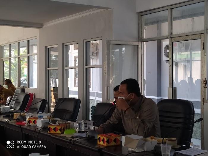 Komisi III DPRD Lamsel Pertanyakan Pembuangan Limbah Rapid Test di Bakauheni