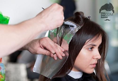 Tips Cara Mewarnai Mengecat Rambut