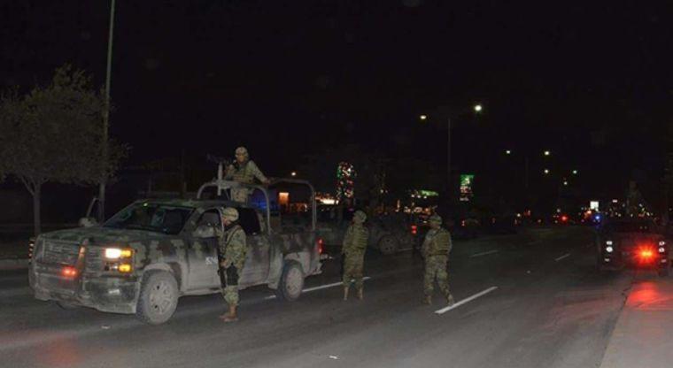 Dos abatidos en enfrentamiento entre militares y civiles
