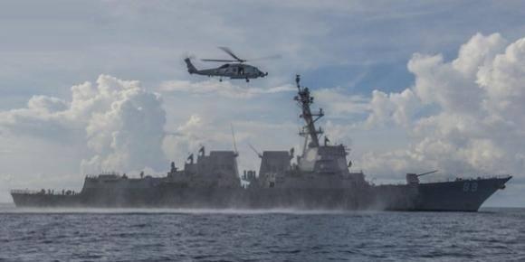 Mỹ: Trung Quốc đang thách thức quân đội Mỹ trên Biển Đông