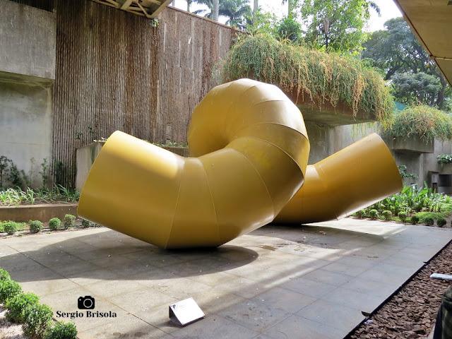 Close-up da Escultura Garatuja - Vão livre da Estação Sé do Metrô SP - São Paulo