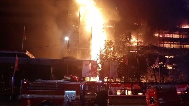 Pengakuan Saksi Mata: Kebakaran di Gedung Kejaksaan Agung, Apinya Langsung Besar, Kok Bisa?