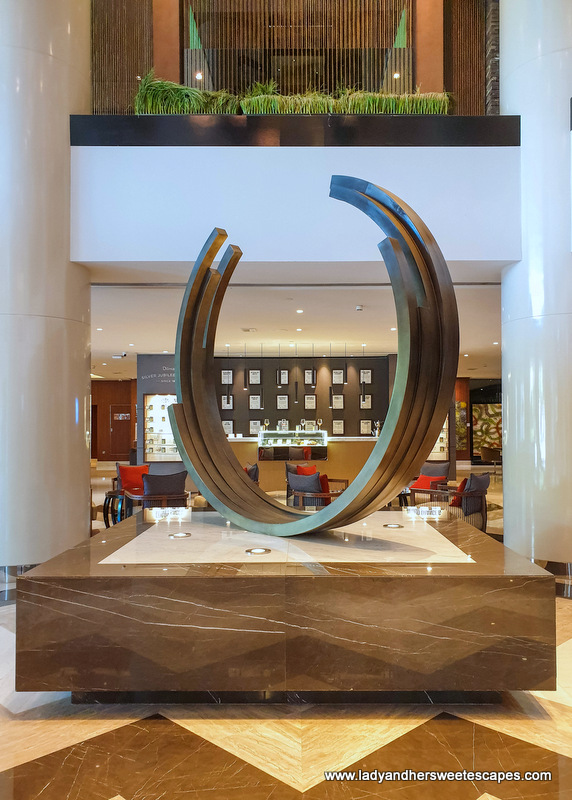 artwork and t-Lounge at Pullman Hotel Dubai