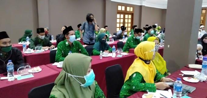 Sarasehan Teacherpreneur Pergunu Bersama Kemendikbud