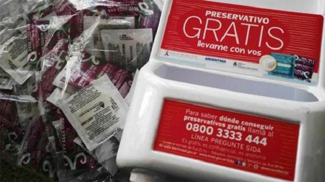 Proponen entregar preservativos gratis en las secundarias de Mendoza